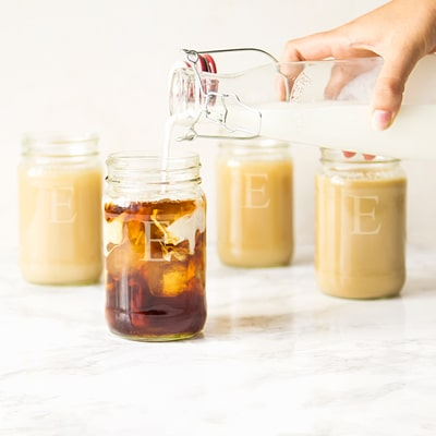 Threre's nothing prettier than seeing a White Russian poured into a Mason Jar.