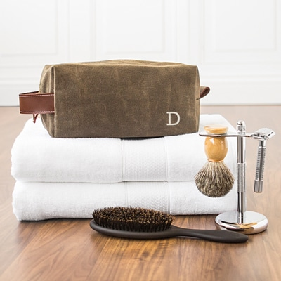 Give your groomsmen the gift of a classic shave