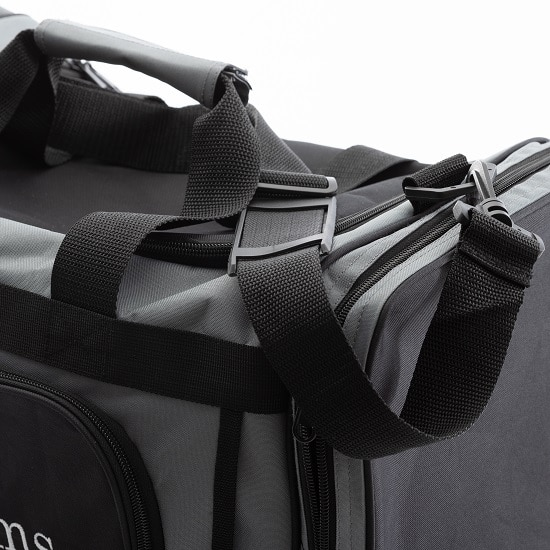 The adjustable shoulder strap with our gym cooler bag allows for easy carrying to and from your workout