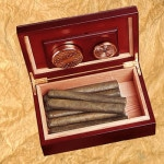 The interior of the Cabin Series Humidor is spacious enough to hold a dozen of your treasured cigars