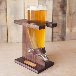 The best engraved beer horn for your groomsmen will hold 16oz (2)