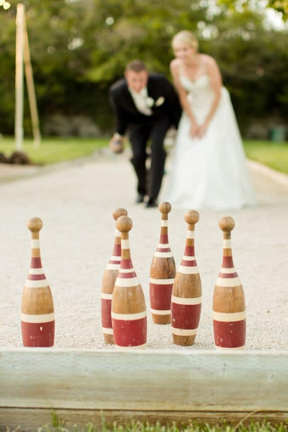 Bride and Groom Incorporate Games in Your Wedding