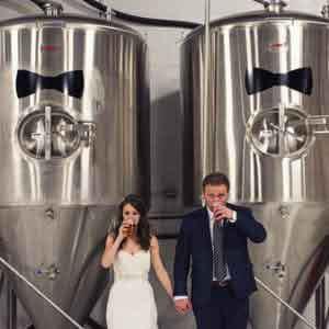 how to craft a beer-themed wedding