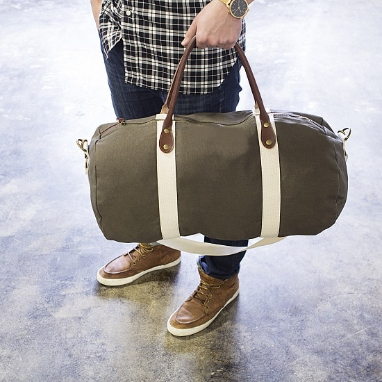 The TMR088 Green Groomsmen Duffle Bag is a convenient and comfortable size to pack up for a weekend getaway.