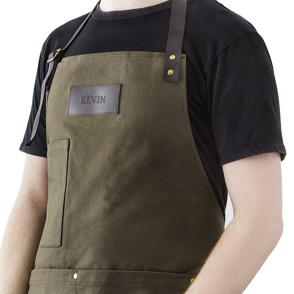 Your groomsmen will look great wearing our canvas & leather apron