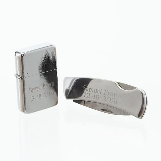Can't decide if you want to give your groomsmen an engraved knife or lighter, give them both with our personalized set