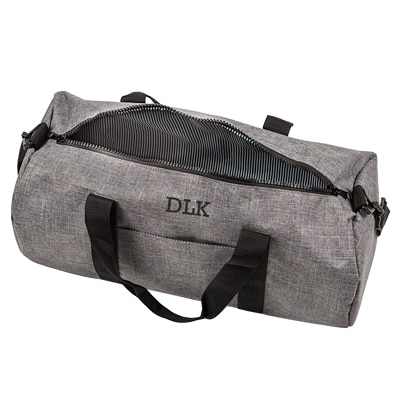 There's enough room in the 4042GY duffle bag to store clothes, shoes, work essentials and more.