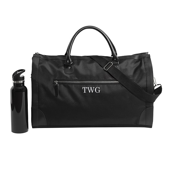 The Man Registry's Jetsetter Convertible Duffle Garment Bag makes a great personalized gift for your best man and groomsmen.
