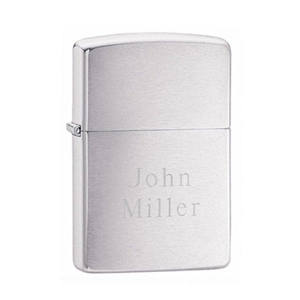This groomsman gift set includes a brushed chrome lighter to go along with the cigar/flask combo.
