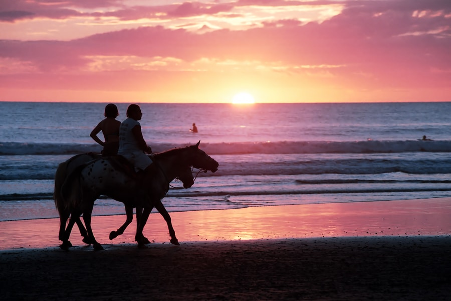 horseback honeymoon on beach